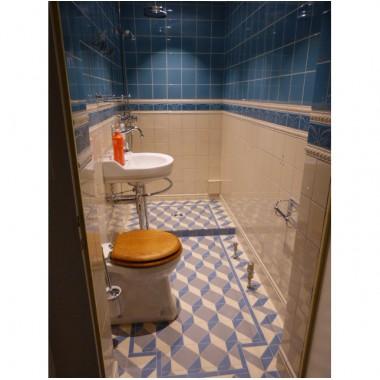 Dutch old style tile settings