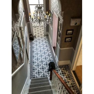 Richmond (D) with Rochester border victorian floor tile design