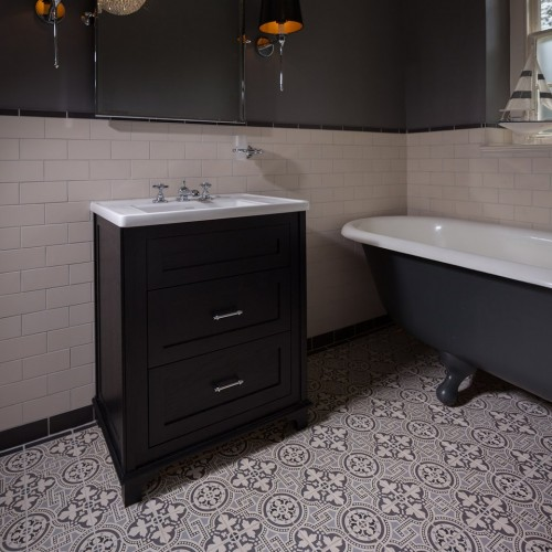 Original Style V Black On Dover White Salisbury X X - 6x6 black floor tile
